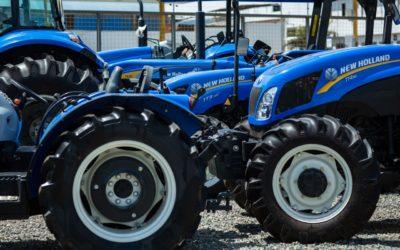 ¿Cuáles son los equipos agrícolas más usados por agricultores y ganaderos en el Perú?